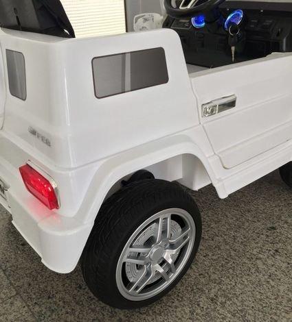 Электромобиль Мини гелик М001МР черный (резиновые колеса, кожа, пульт, музыка)